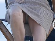 [Image: Naomi-Watts-Panty-Peek-While-Filming-A-C...3ee.md.jpg]