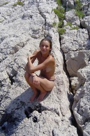 [Image: 02-Elodie-Varlet-Nude-Leaked.md.jpg]